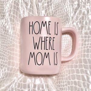 🆕Rae Dunn HOME IS WHERE MOM Ceramic Mug